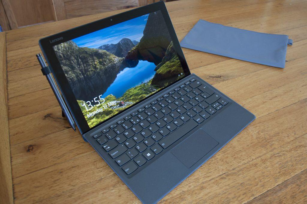 Lenovo Miix 520 hybrid tablet
